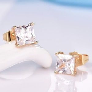 Jewelry - Princess Cut 18kt Gold Diamond Stud Earrings